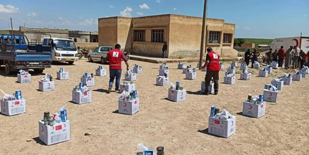 Barış Pınarı Harekatı bölgesinde ihtiyaç sahiplerine gıda yardımı