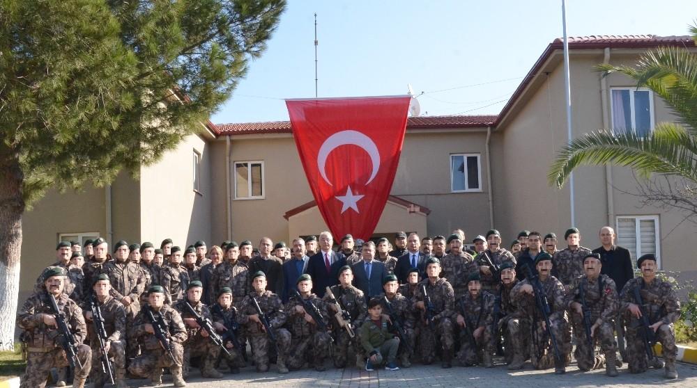 Barış Pınarı Harekatı'nda görev alacak PÖH'ler Aydın'dan dualarla uğurladı