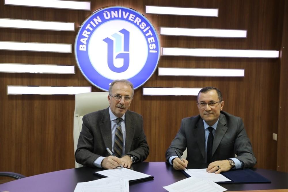 Bartın Üniversitesi ile PTT arasında indirim protokolü