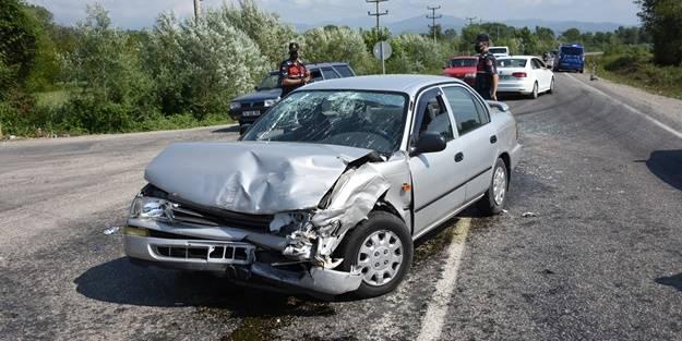 Bartın'da feci kaza: Yaralılar var