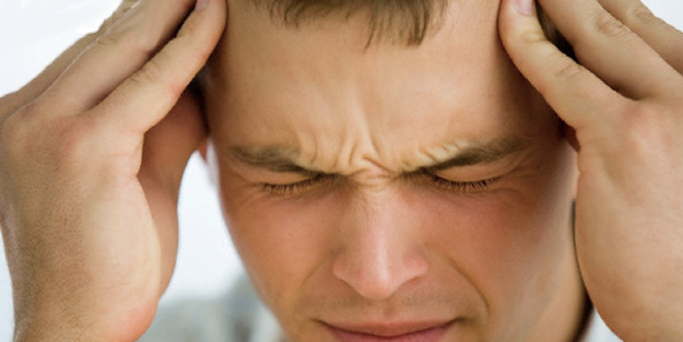 Baş ağrısı koronavirüs belirtisi midir?
