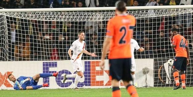 Başakşehir gruptan nasıl çıkar? UEFA Avrupa Ligi J Grubu puan durumu