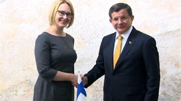 Başbakan Davutoğlu Finlandiya Parlamento Başkanıyla görüştü