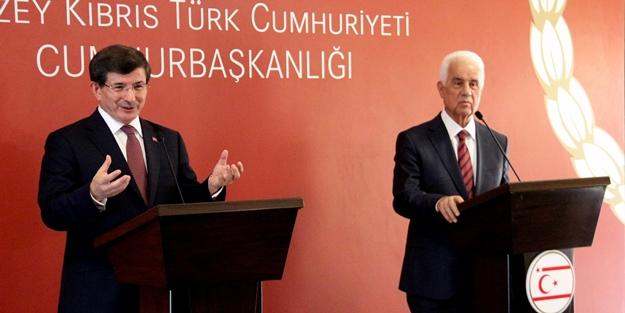 Başbakan Davutoğlun'dan Yunanistan'a çağrı