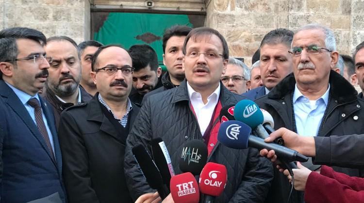 Başbakan Yardımcısı Hakan Çavuşoğlu, askerlere dua etti