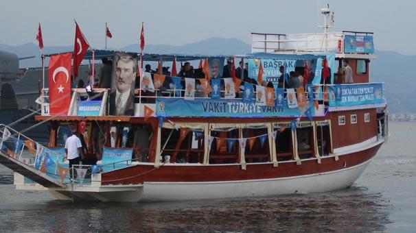 Başbakan Yıldırım'dan gençlerle tekne turu