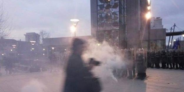 Başbakanlık binasına saldırdılar!