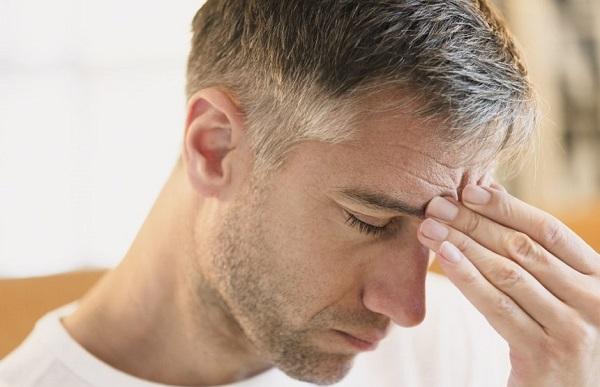 Başım neden ağrıyor? | Baş ağrısı neyin belirtisi?