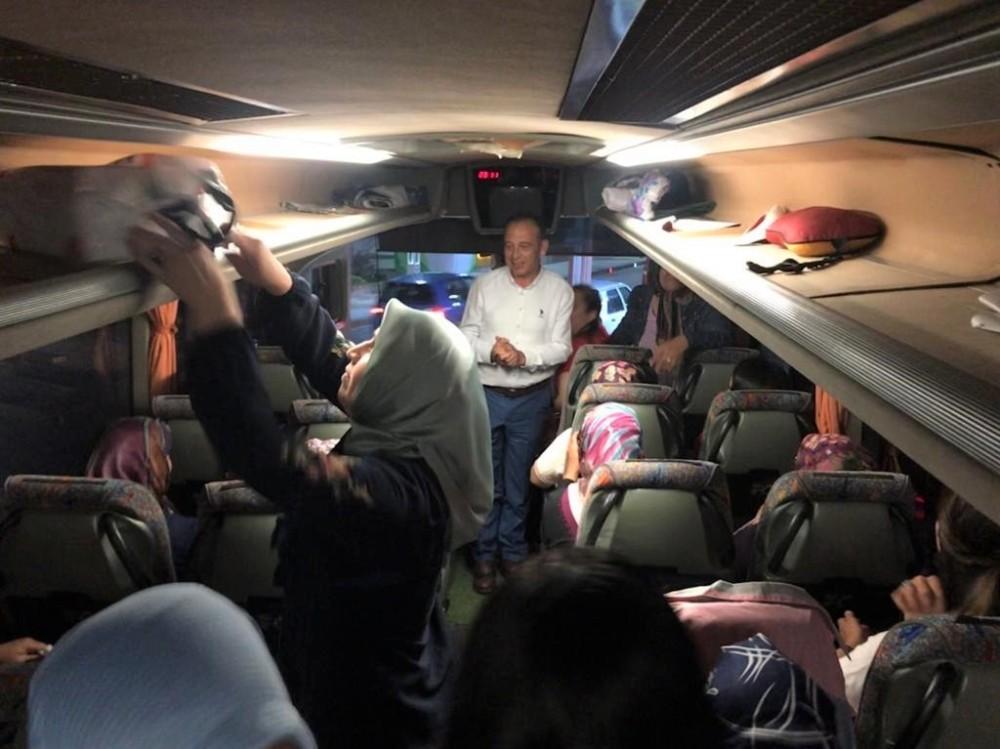 Başkan Akın kadınları Ankara'ya uğurladı