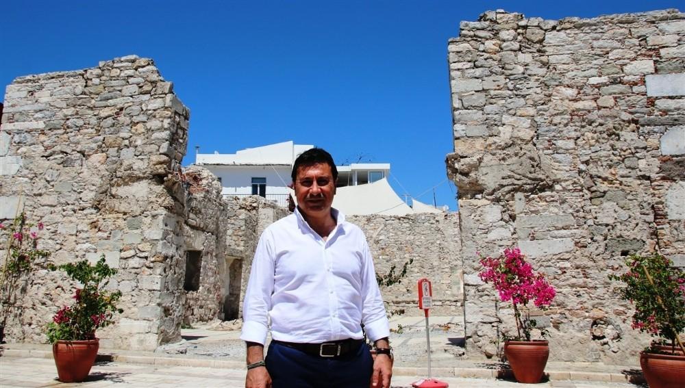 Başkan Aras, Bodrum'un pahalı olduğu haberlerine ateş püskürdü