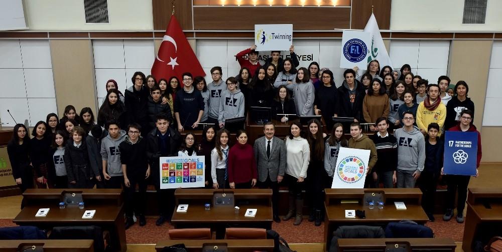 Başkan Ataç öğrencilere Remourban'ı anlattı