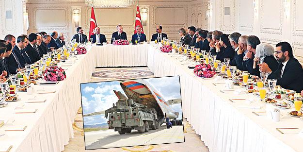 Başkan basını bilgilendirdi: Barışı korumak için S-400'leri alıyoruz
