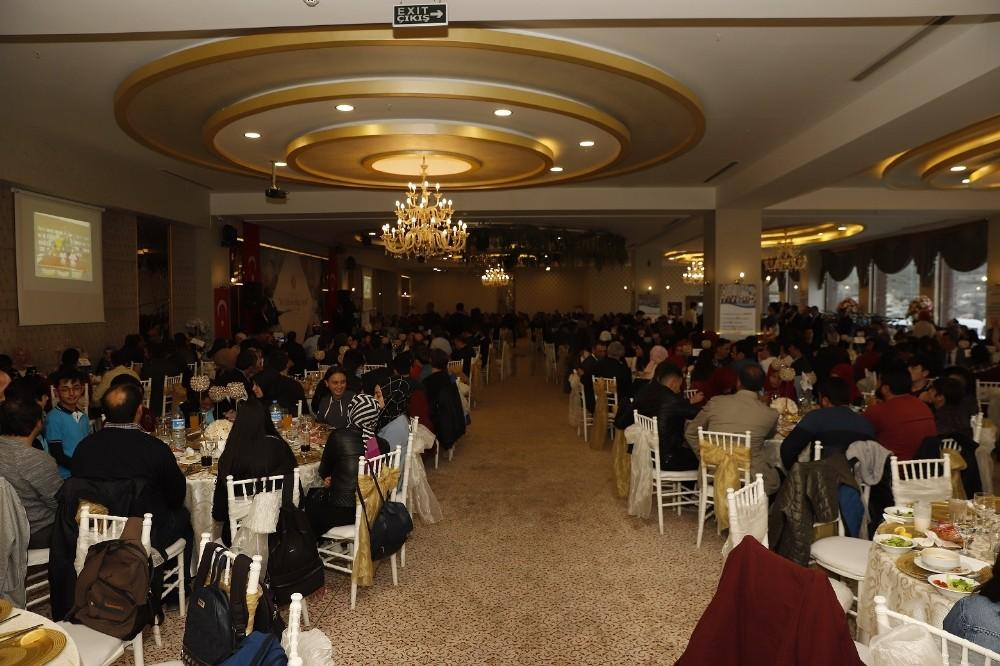 Başkan Büyükkılıç, Eğitim Bir Sendikası'nın ödül töreninde eğitimle ilgili önemli mesajlar verdi