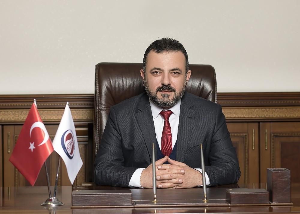 """Başkan Ercan: """"Evlerimizden çıkmayalım"""""""