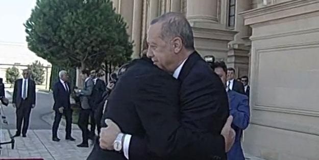 Başkan Erdoğan Azerbaycan'da! Aliyev'den samimi karşılama