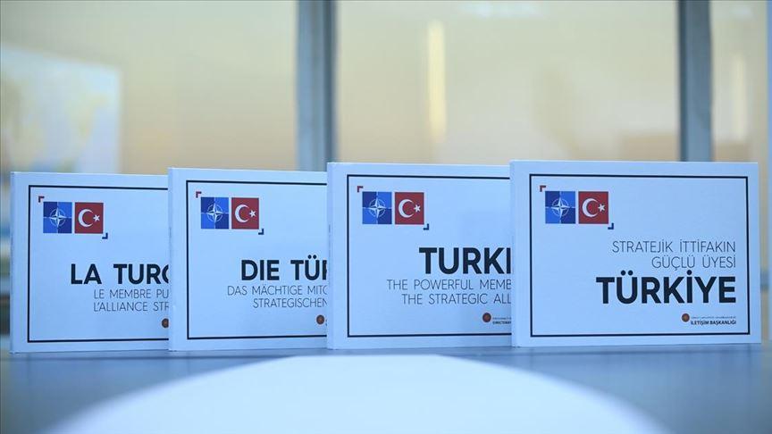 Başkan Erdoğan'dan liderlere 'Stratejik İttifakın Güçlü Üyesi Türkiye' kitabı