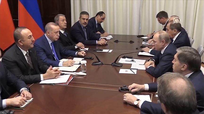 Başkan Erdoğan'ın Putin'le görüşmesi başladı