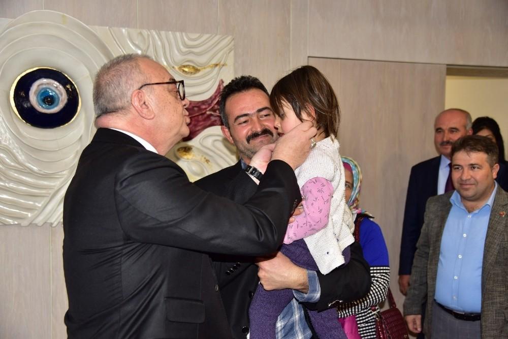 Başkan Ergün'den minik Meryem için yardım çağrısı