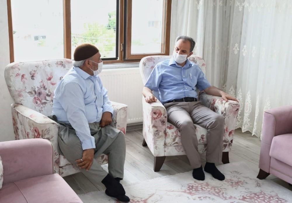 Başkan Kılınç'tan, Babalar Günü ziyareti