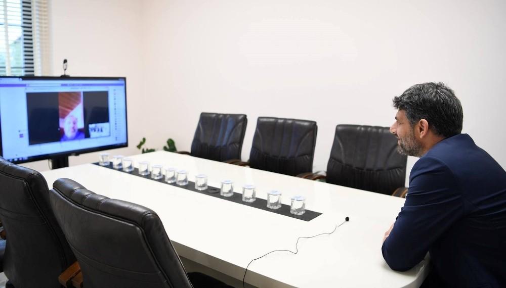 Başkan Kocaman'dan dijital toplantı düzenledi