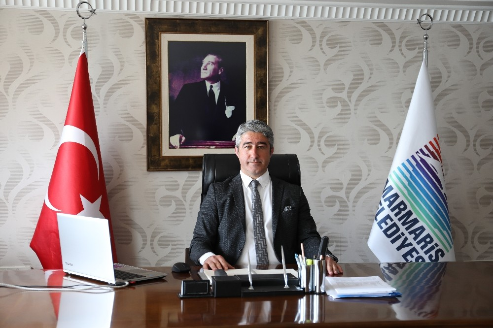 Başkan Mehmet Oktay görevinin başında