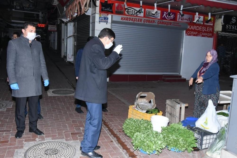 Başkan Özcan'dan Perşembe Pazarı'nda sıkı denetim