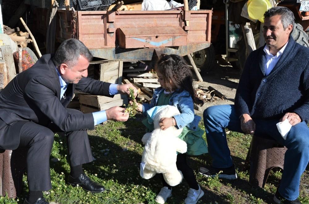 Başkan Özdemir'den şehit kızına doğum günü sürprizi