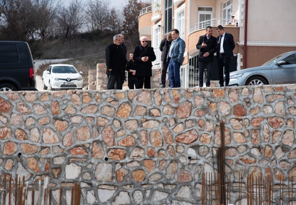 Başkan Şahin cami inşaatında incelemelerde bulundu