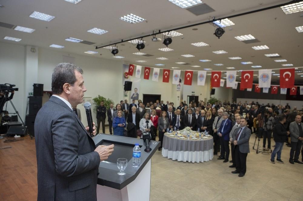 Başkan Seçer, gazetecilerle resepsiyonda buluştu