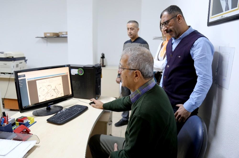 Başkan Tarhan'dan 'İşlemlerinizi internet üzerinden yapın' çağrısı