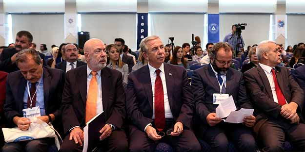 Başkan Levent Uslu belediye başkanlarına seslendi!