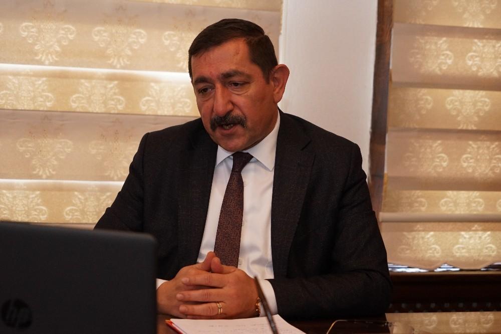 """Başkan Vidinlioğlu, """"Teleferik Kastamonu'nun iki yakasına saplanmış hançerdir"""""""