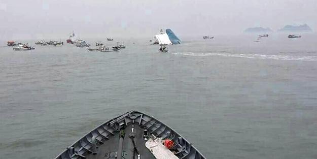 FACİA: 470 kişiyi taşıyan feribot battı!