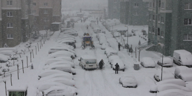 Bayburt'ta yarın 14 şubat okullar tatil mi? Aydıntepe, Demirözü kar tatili