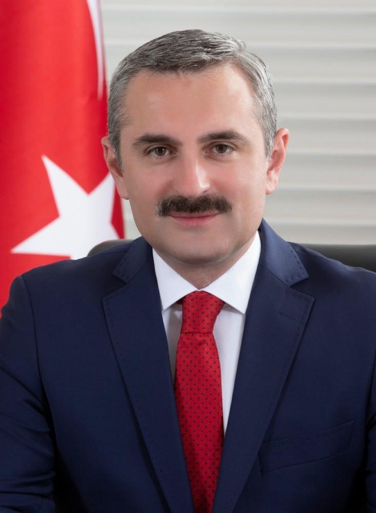 """Bayram Şenocak: """"Darbe özlemcilerine geçit vermeyeceğiz"""""""