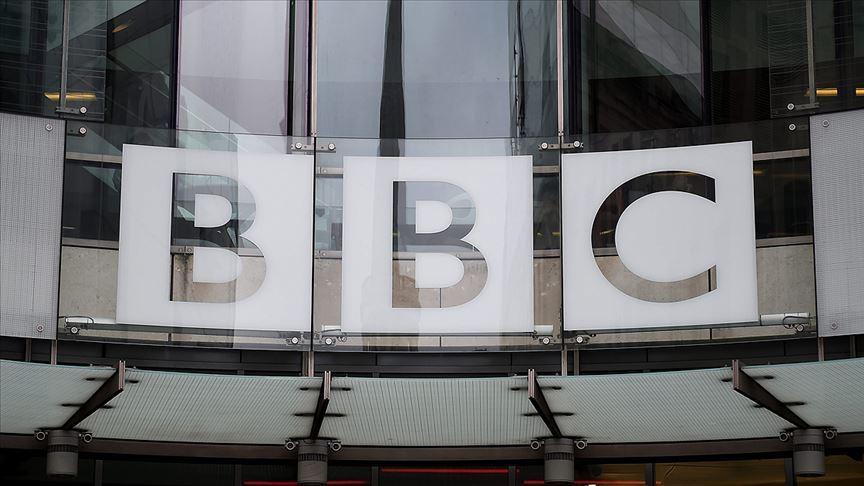 BBC'den 'ırkçılık' tartışmasında geri adım attı