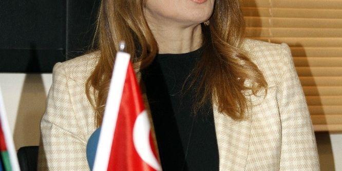 Azeri vekil Paşayeva, Ermenistan'a seslendi
