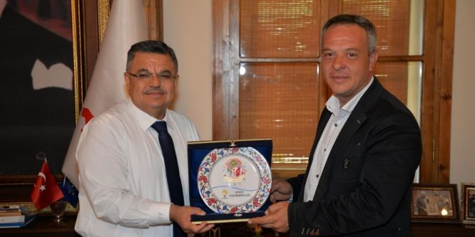 Başkan Yağcı'ya AK Parti teşkilatından ziyaret