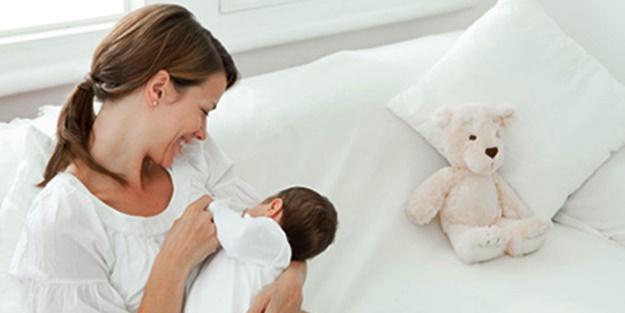 Bebeklerde ishali 2 yaşına kadar emzirmek önlüyor