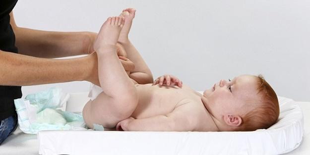 Bebeklerde sık görülen sindirim problemleri