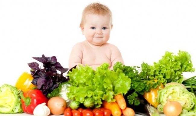 Bebeklere meyve ve sebze sevdirmenin yolları