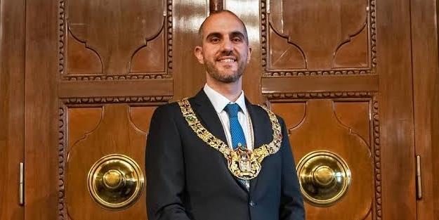 Bedeni Türk, kafası Alman! Hannover'in Türk belediye başkanından skandal! Türkiye'ye gidecekleri tehdit etti