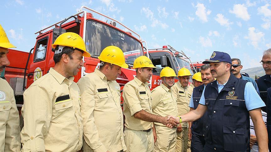 Bekir Pakdemirli: Orman yangınına müdahale süresi 10 dakika civarına indi