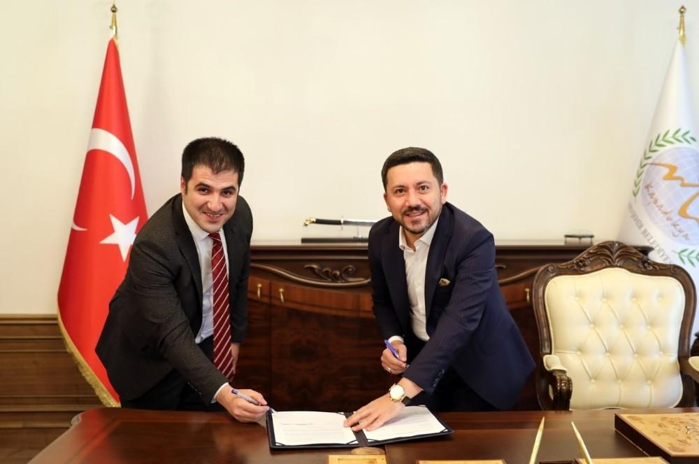 Belediye Başkanı Rasim Arı'dan Nevşehirli gençlere büyük müjde