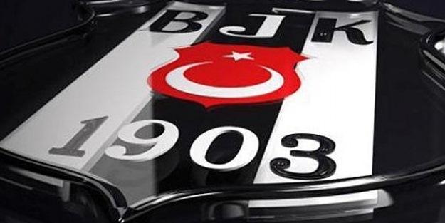 Beşiktaş 2 yıldızının sözleşmesini feshetti