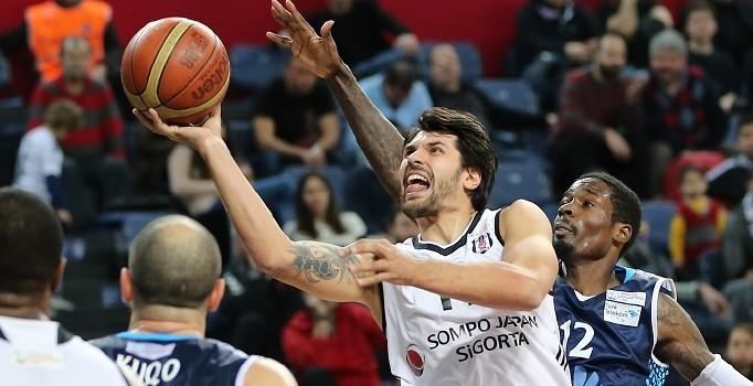 Beşiktaş erkek basketbol takımında Cenk Akyol 3 hafta oynayamayacak