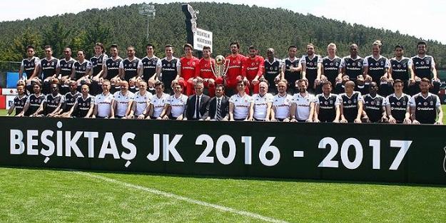 Beşiktaş poster çekiminde buluştu