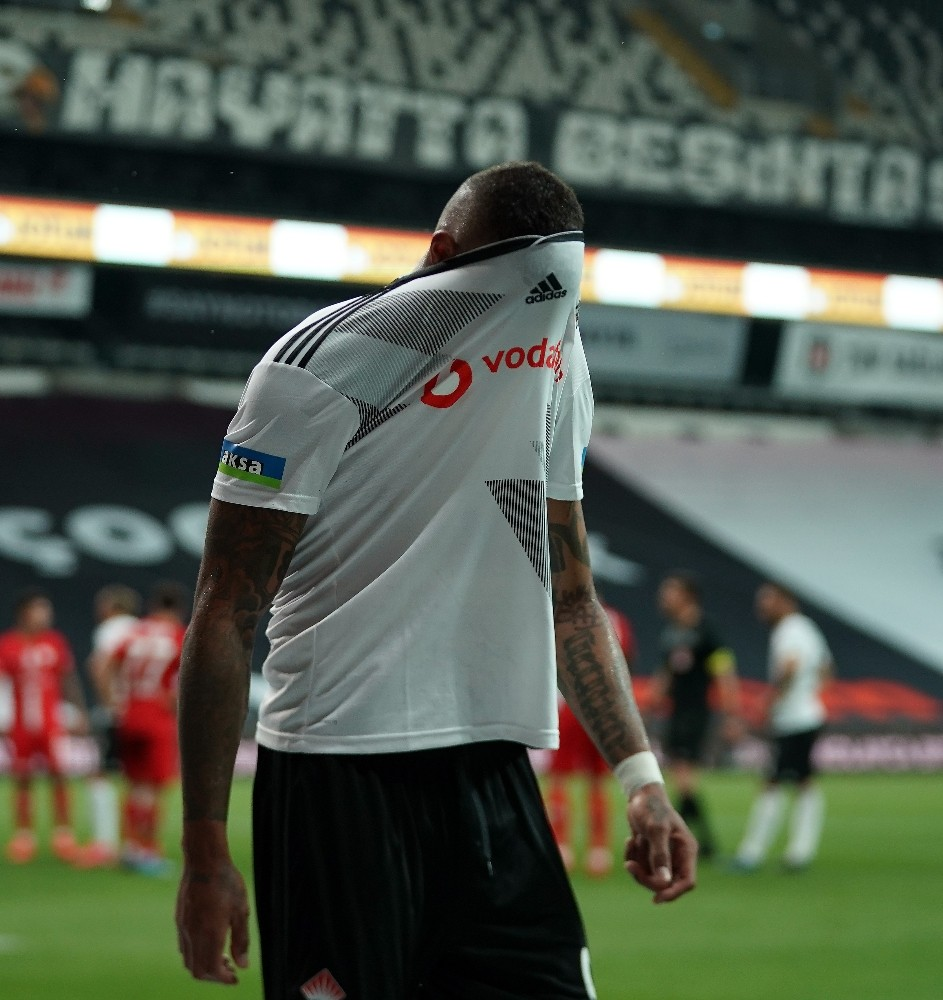 Beşiktaş'ta Boateng, Denizlispor kadrosuna alınmadı!