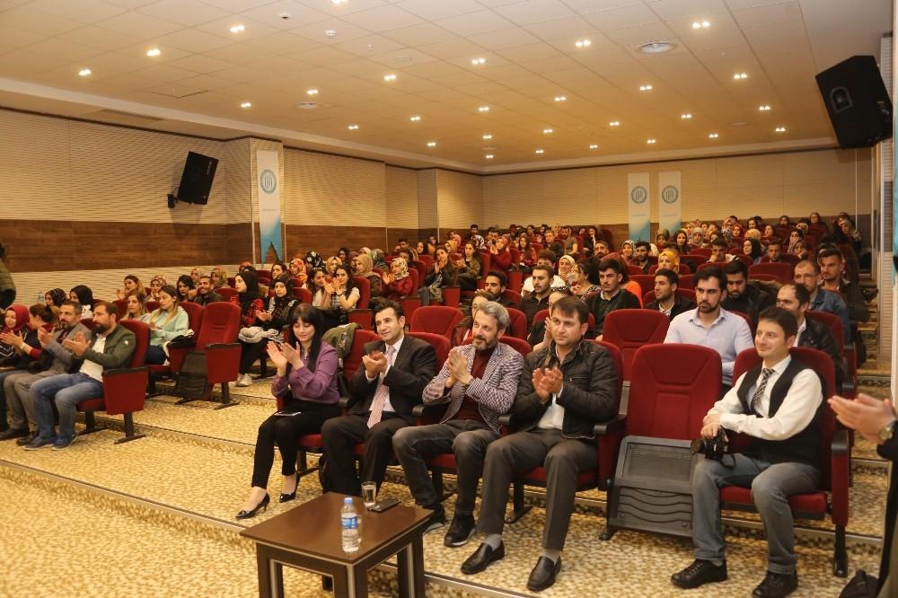"""BEÜ'de """"Türkçenin Ömrü"""" Konferansı düzenlendi"""