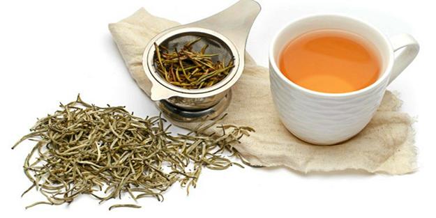 Beyaz çayın faydaları ve zararları nelerdir?